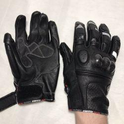Новые мотоперчатки Dainese