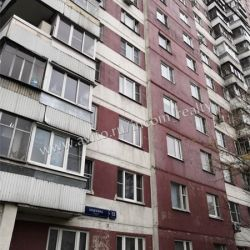 Комната 37.6 м² в 3-к, 13/17 эт.