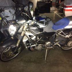 Мотоцикл Агуста brutale 2005года