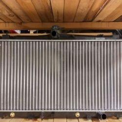 Новый радиатор двс АКПП
