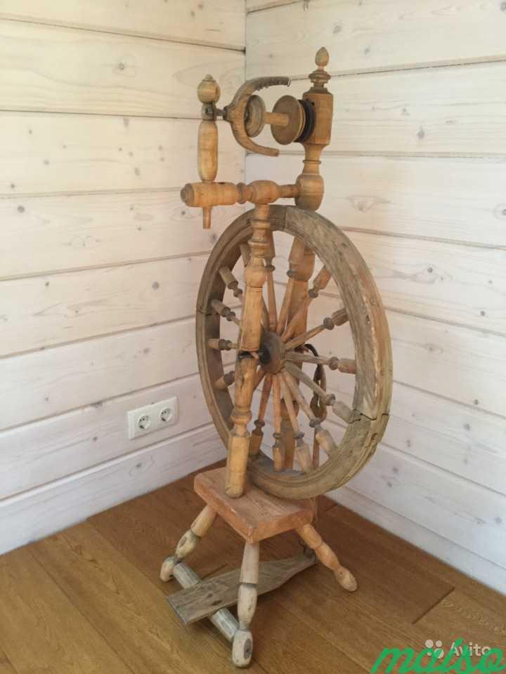 Старинная прялка в Москве. Фото 3