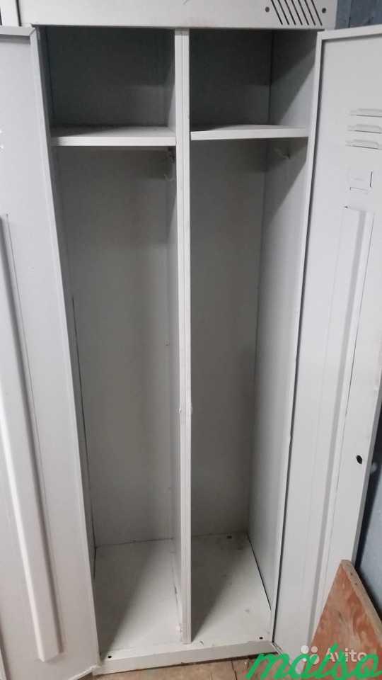 Шкаф металлический для одежды раздевалки Б/У в Москве. Фото 3