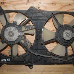 Диффузор радиатора на Toyota Voxy AZR60 1AZ
