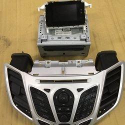 Форд Фиеста 2010 магнитола комплект