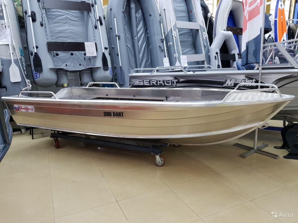 Лодка quintrex 390