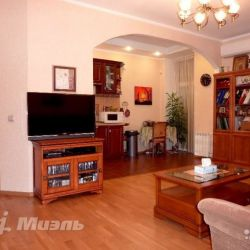 Продам квартиру 2-к квартира 53.6 м² на 5 этаже 8-этажного кирпичного дома