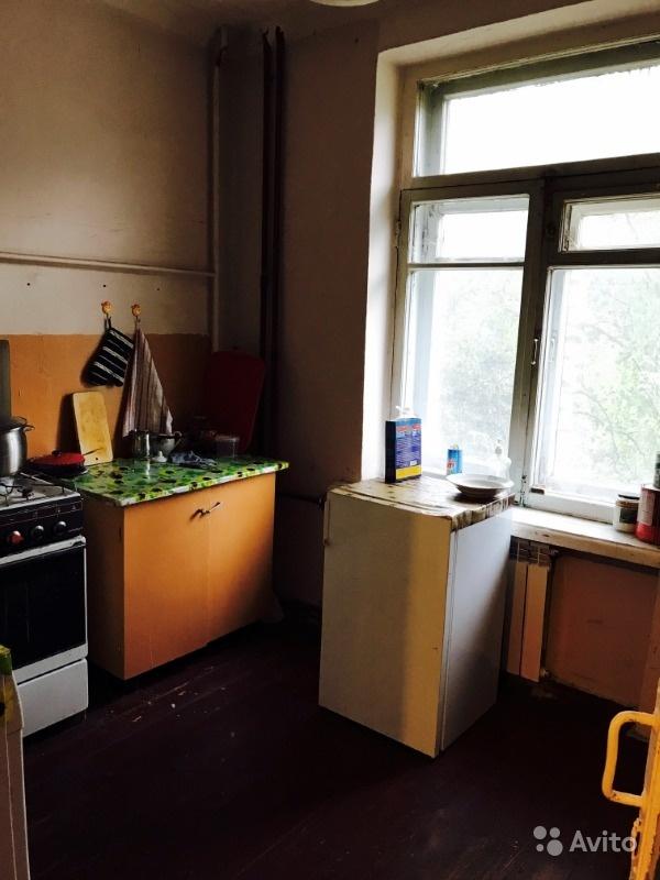 Продам комнату Комната 17 м² в 3-к квартире на 3 этаже 4-этажного кирпичного дома в Москве. Фото 1