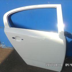 Дверь задняя Opel Astra H седан