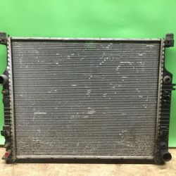 Радиатор охлаждения двс Mercedes w164 x164 w251