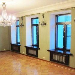 Продам квартиру 4-к квартира 233 м² на 4 этаже 4-этажного кирпичного дома