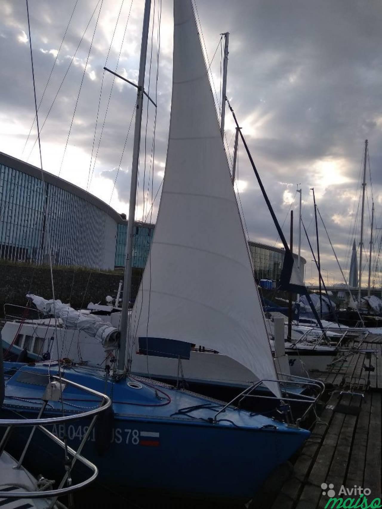 интерна яхта на неве фото латексеблондинка латексной обтягивающей