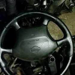 Подушка безопасности в рулевое колесо для Nissan P