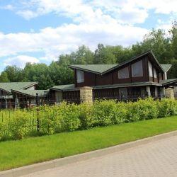 Продам коттедж 2-этажный коттедж 718 м² ( брус ) на участке 25 сот. , Дмитровское шоссе , 25 км до города