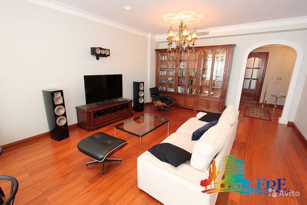 Сдам квартиру 3-к квартира 130 м² на 28 этаже 32-этажного монолитного дома в Москве. Фото 1