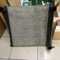 Радиатор интеркулера Land Rover