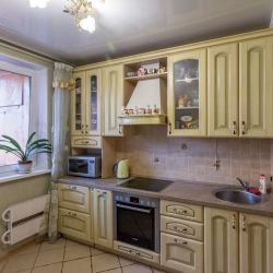 Продам квартиру 4-к квартира 90 м² на 2 этаже 12-этажного панельного дома