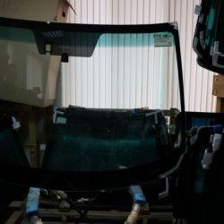 Стекло лобовое Mazda 6 с датчиком дождя (Мазда 6)