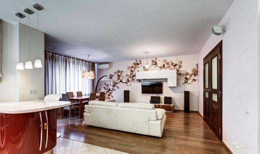 Сдам квартиру 3-к квартира 110 м² на 14 этаже 16-этажного монолитного дома в Москве. Фото 1
