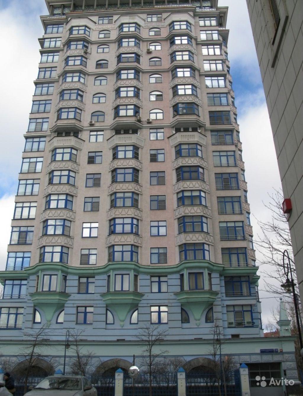 Сдам квартиру 3-к квартира 133 м² на 5 этаже 20-этажного монолитного дома в Москве. Фото 1