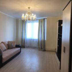 Сдам квартиру 3-к квартира 94 м² на 8 этаже 25-этажного монолитного дома