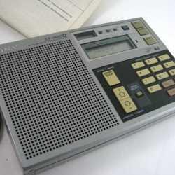 Радио всеволновое Sony ICF-7600D(Япония)