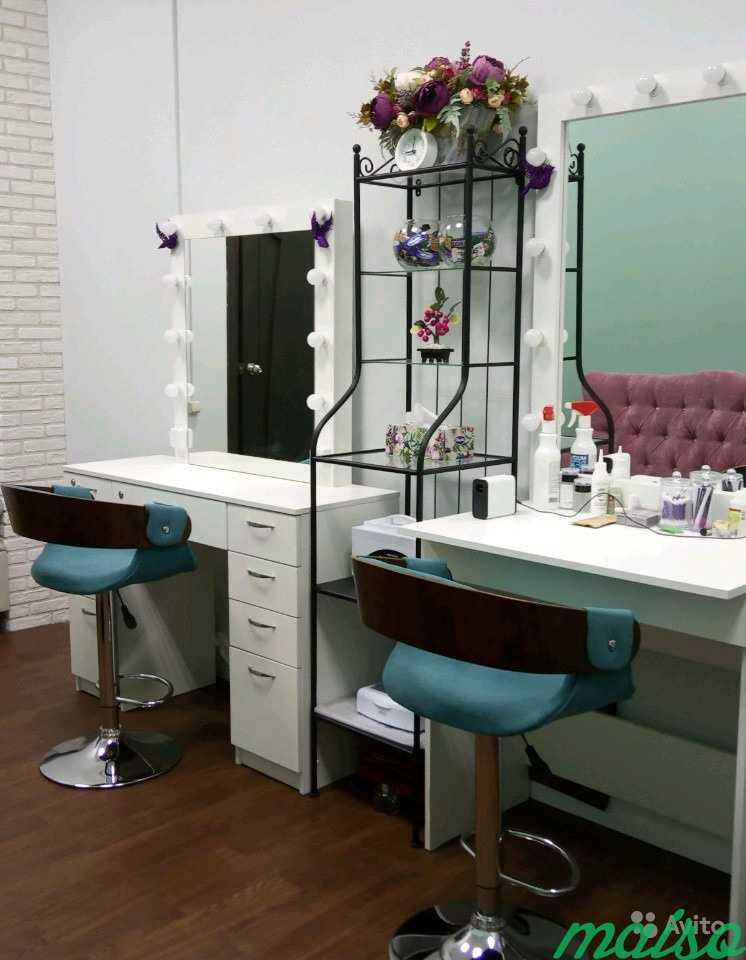 тому фото рабочего места мастера бровиста довольно развитая