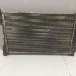 Радиатор охлаждения Mercedes W203 2035000603