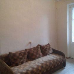 Продам комнату Комната 13.2 м² в 3-к квартире на 2 этаже 5-этажного кирпичного дома