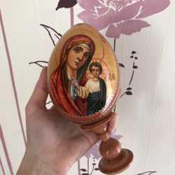 Яйца с христианскими образами