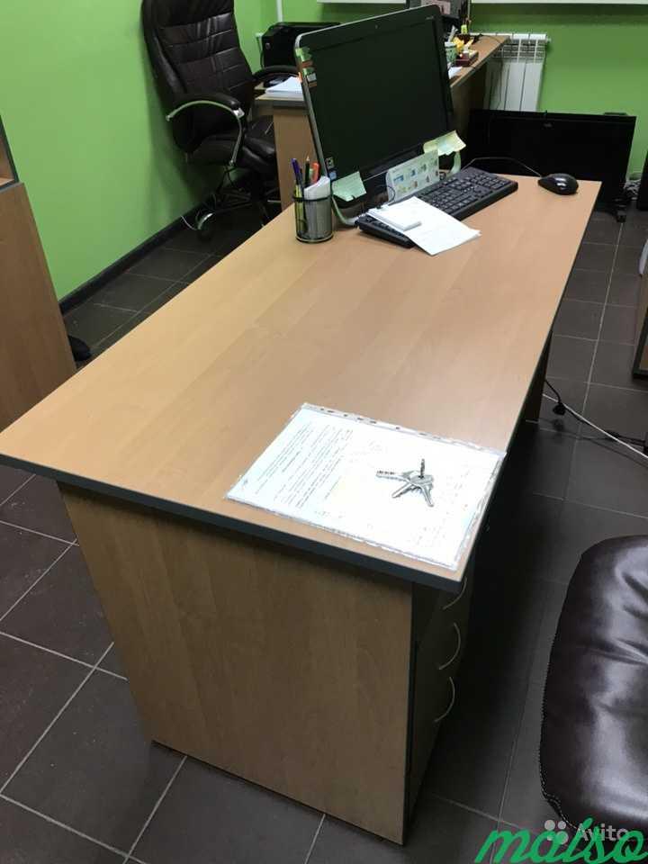 Продаём стол с тумбой в Москве. Фото 1