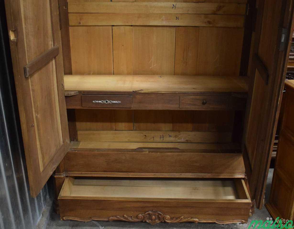 Антикварный шкаф для белья в Москве. Фото 3