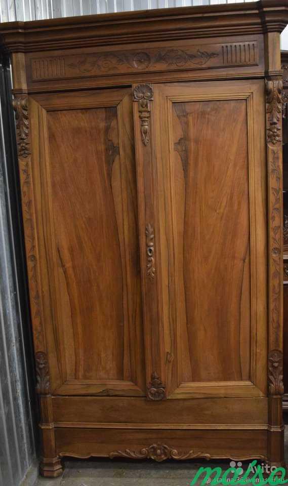 Антикварный шкаф для белья в Москве. Фото 1