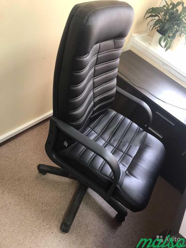 Директорский кожаный стул в Москве. Фото 1