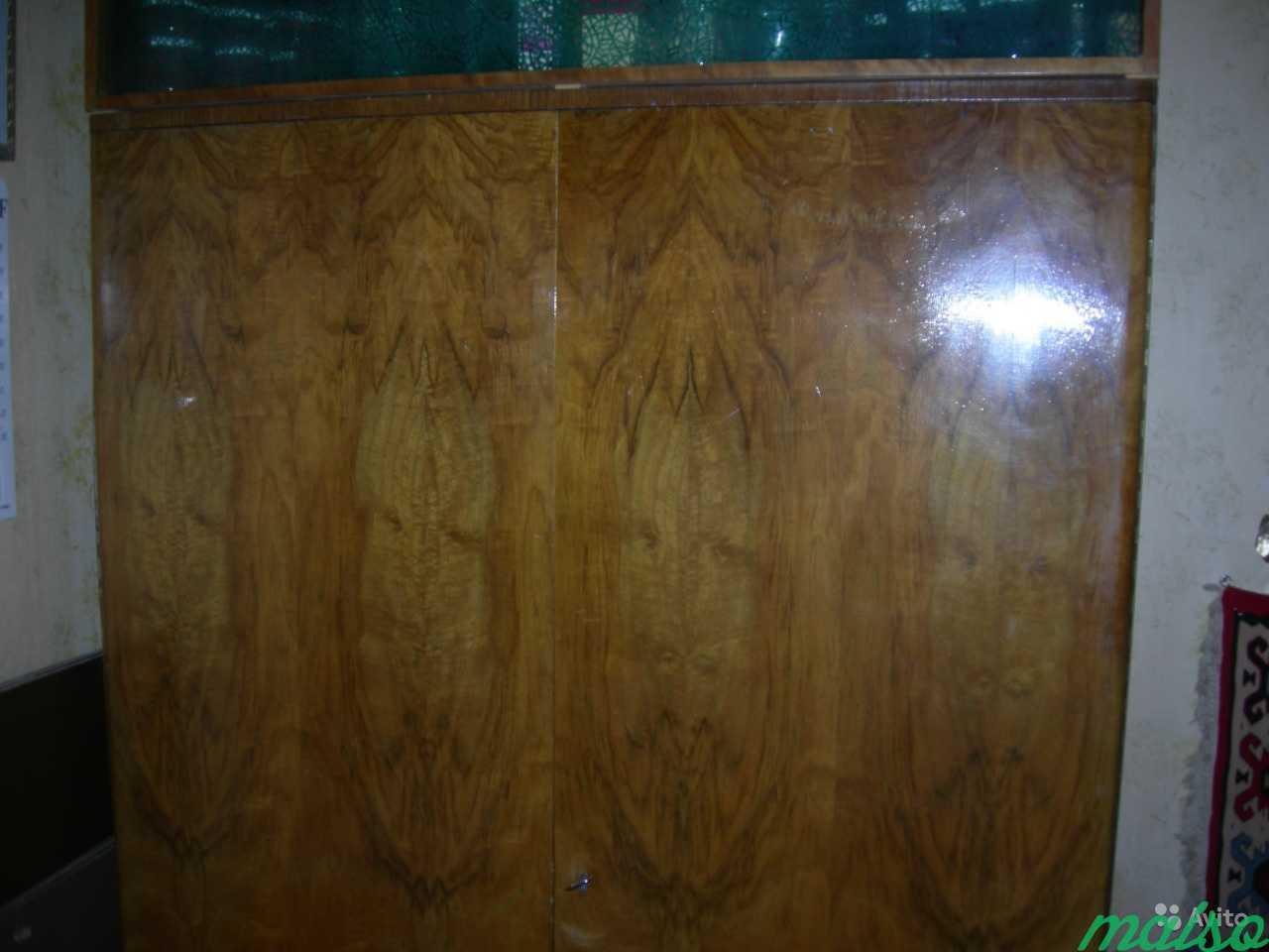 Шкаф платяной Чехия 2-створки шпон лак в Москве. Фото 1