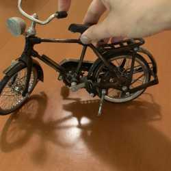 Фигурка велосипед