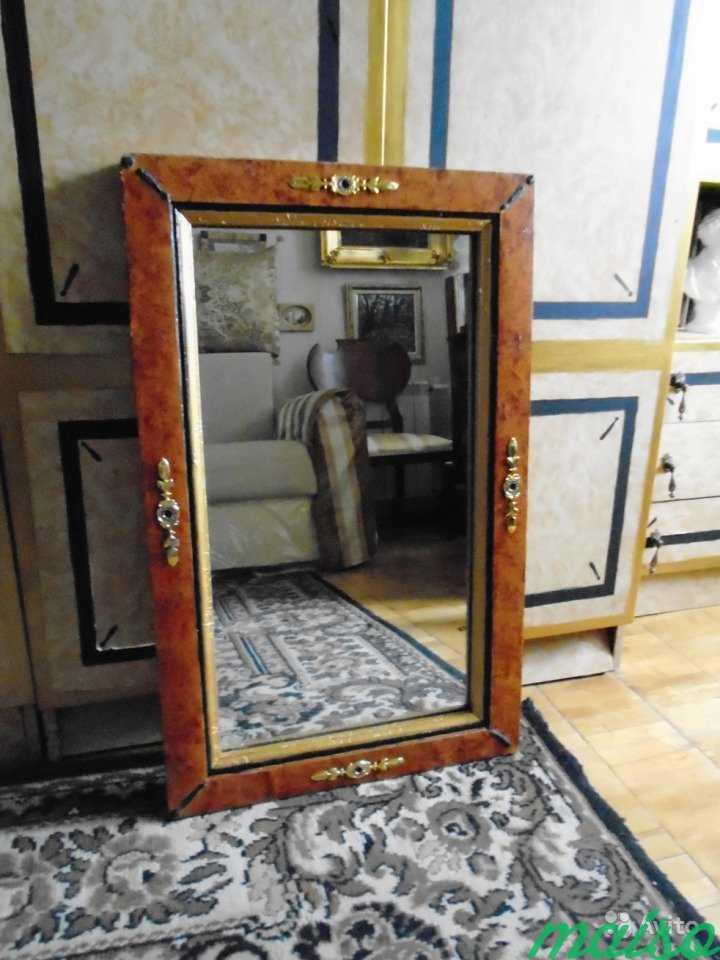 Старинное зеркало в Москве. Фото 1