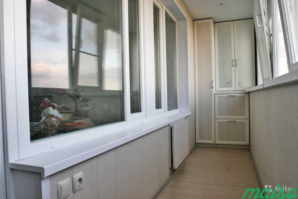 Шкаф встроенный на балкон в Москве. Фото 1