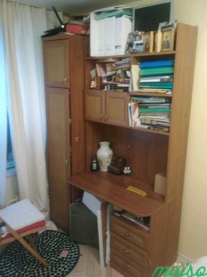 Стенка с письменным столом, полками и шкафом.Произ в Москве. Фото 2
