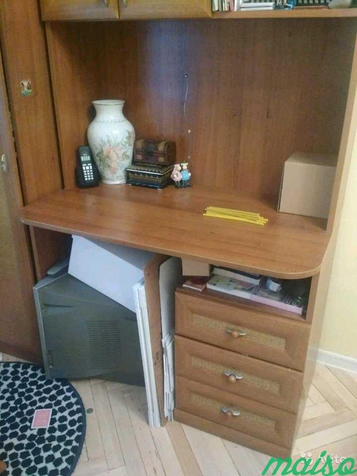 Стенка с письменным столом, полками и шкафом.Произ в Москве. Фото 3