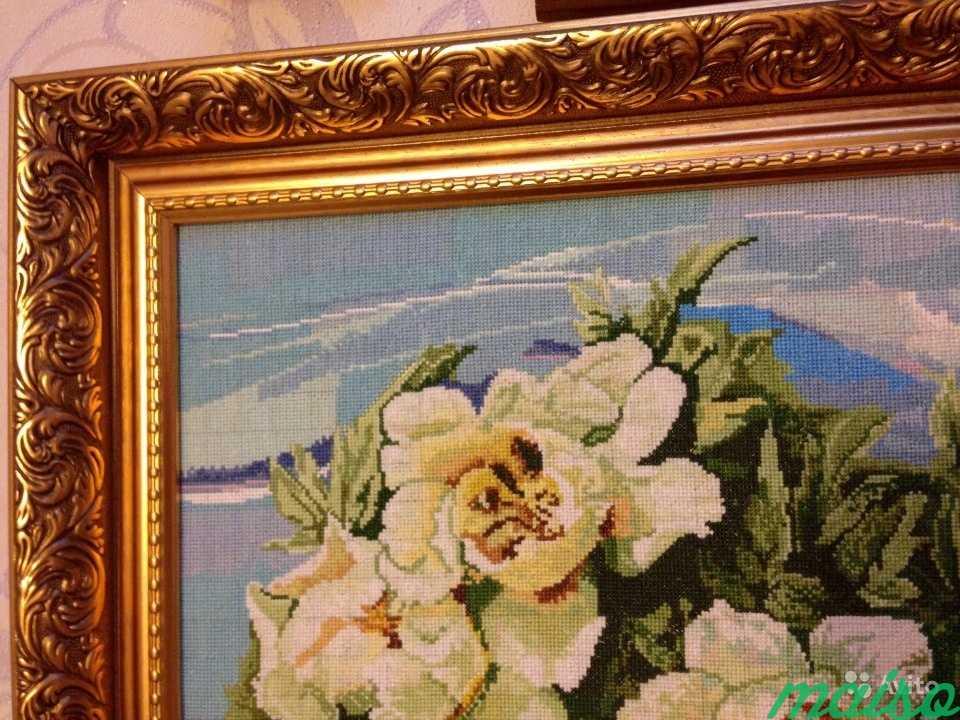 Картина Белые розы, вышита крестиком в Москве. Фото 2