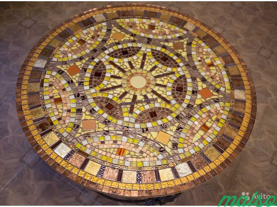 Круглый стол мозаика в Москве. Фото 2