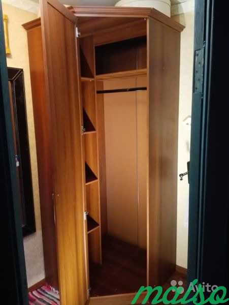 Угловой шкаф. Очень вместительный в Москве. Фото 3
