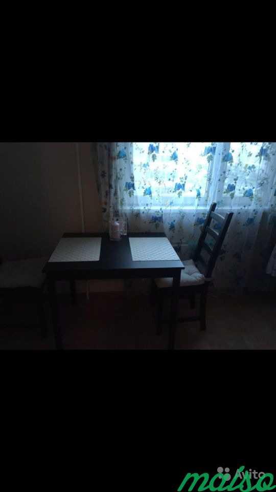 Продам стол и два стула в Москве. Фото 1