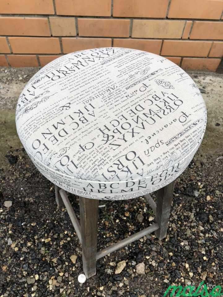 Барный стул на деревянных ножках в Москве. Фото 2