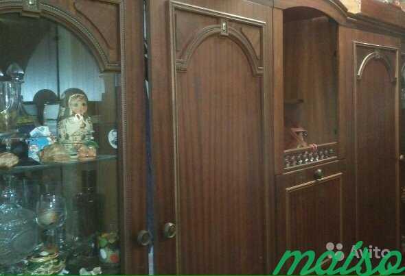 Продаю модульную стенку. Натур шпон, цвет орех в Москве. Фото 2