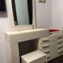 Стол туалетный комод