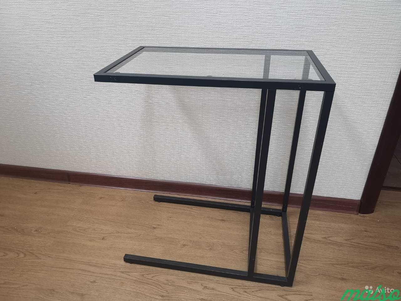 Столик стеклянный задвижной под диван в Москве. Фото 2