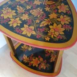 Столик хохлома на колесиках