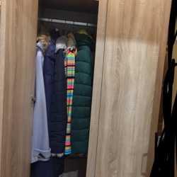 Шкаф в прихожую новый