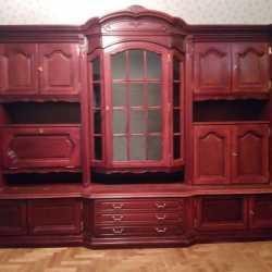 Отдаем шкаф, требуется небольшая реставрация
